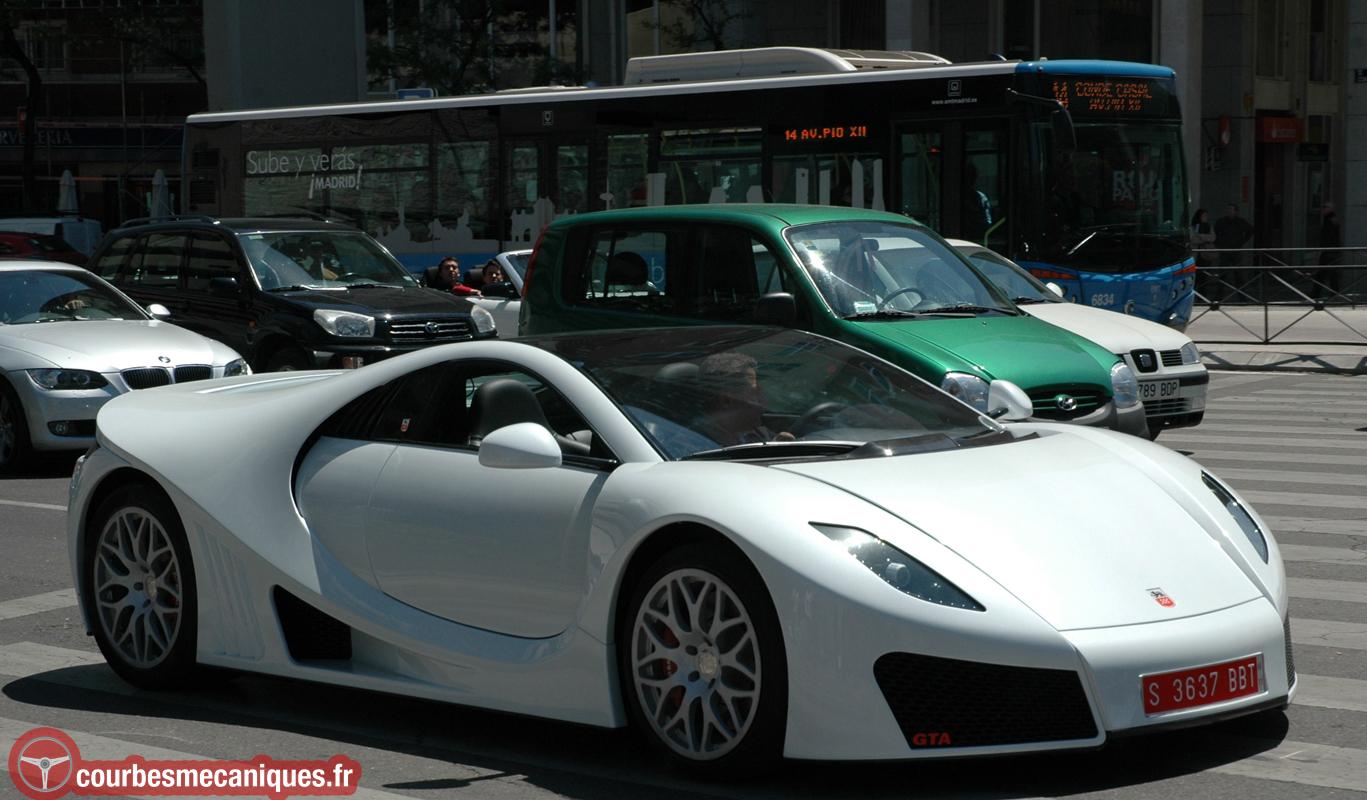 GTA Spano dans les rues de Madrid