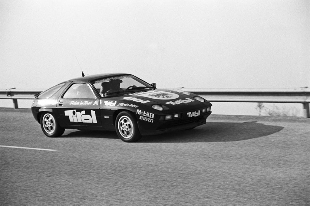 Porsche 928S lors du record de 1982